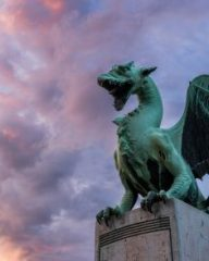 Ljubljana_Slovenia_photo_tour_Luka_Esenko_dragon_440_294_80